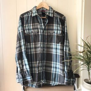 Men's North Face Flannel, Medium